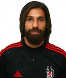 26 Mayıs 1987 tarihinde Almanya'nın Dusseldorf kentinde dünyaya geldi. Futbola Bayer Leverkusen altyapısında başlayan Olcay, 2004 yılında Borussia Mönchengladbach altyapısına geçti. Borussia Mönchengladbach'ın ikinci takımı ile Almanya 4. Ligi'nde mücadele etti ve ilk golünü 27 Kasım 2005'te FC Junkersdorf 1946 takımına karşı kaydetti. 2008 – 2009 sezonunda Almanya 2. Lig ekiplerinden Duisburg'a geçti. Bu takımda üç sezon yer aldı ve Almanya Kupası'nda final oynadı. 2011 – 2012 sezonunda Almanya 1. Ligi takımlarından Kaiserslautern'a transfer olan Olcay Şahan, 2012 – 2013 sezonu başında Beşiktaşımız ile sözleşme imzaladı.