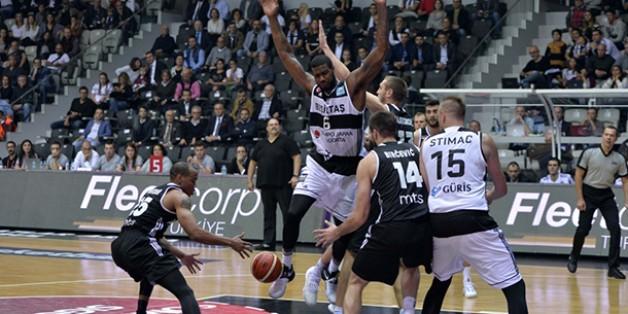 Beşiktaş SJ 77-62 Partizan Belgrade