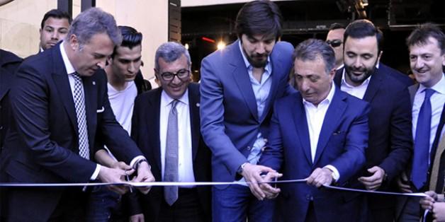 Vodafone Arena Kartal Yuvası Mağazamızın Resmi Açılışı Yapıldı