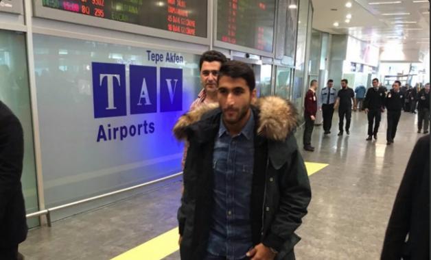 Yeni transferimiz Aras Özbiliz İstanbul'a ulaştı