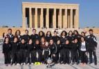 Şampiyon Kadın Futbol Takımımızdan Anıtkabir Ziyareti