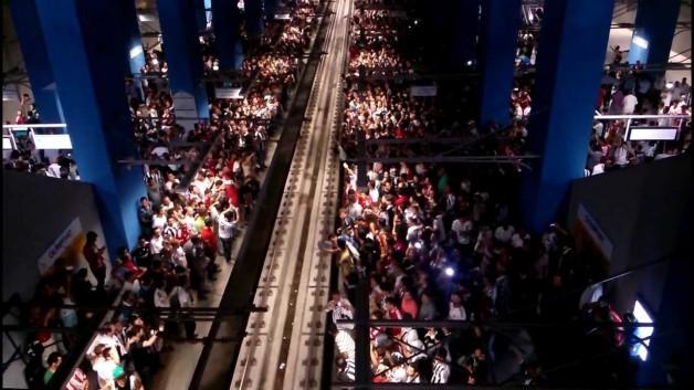 Metro ve Marmaray Sefer Saatleri Uzatıldı