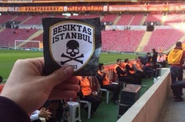 Beşiktaş taraftarı TT Arena'ya sızdı!